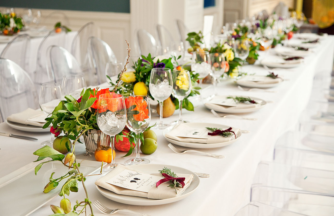 09-TCX-dinner-table-at-wedding-wedding1012